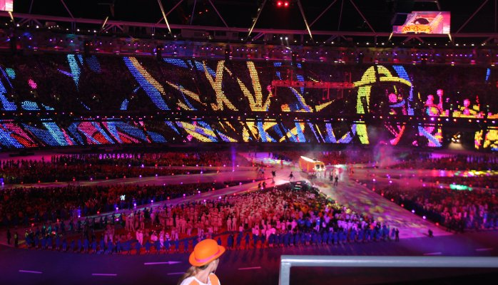 By Sarah & Austin Houghton-Bird (London 2012 - Olympic Closing Ceremony).via Wikimedia Commons